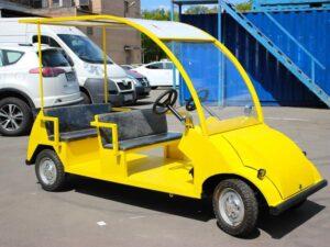 Электромобиль четырехместный для обучения вождению